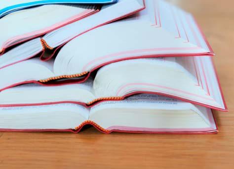 Unos libros que utilizan los abogados especializados en derecho concursal con información sobre el derecho concursal y concurso de acreedores.